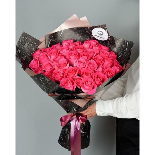Купить на заказ Букет из 51 розовых роз с доставкой в Шахтинске