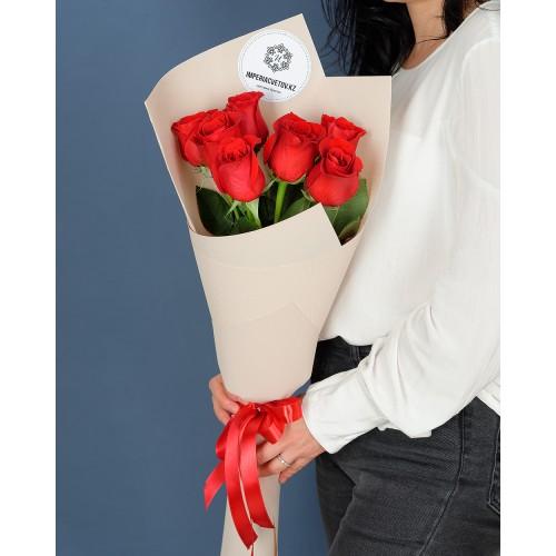 Купить на заказ Букет из 7 роз с доставкой в Шахтинске