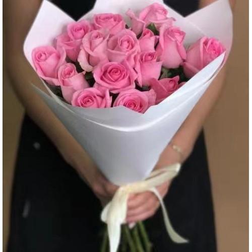 Купить на заказ 15 розовых роз с доставкой в Шахтинске