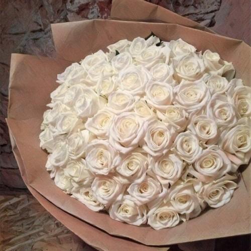 Купить на заказ Букет из 101 белой розы с доставкой в Шахтинске